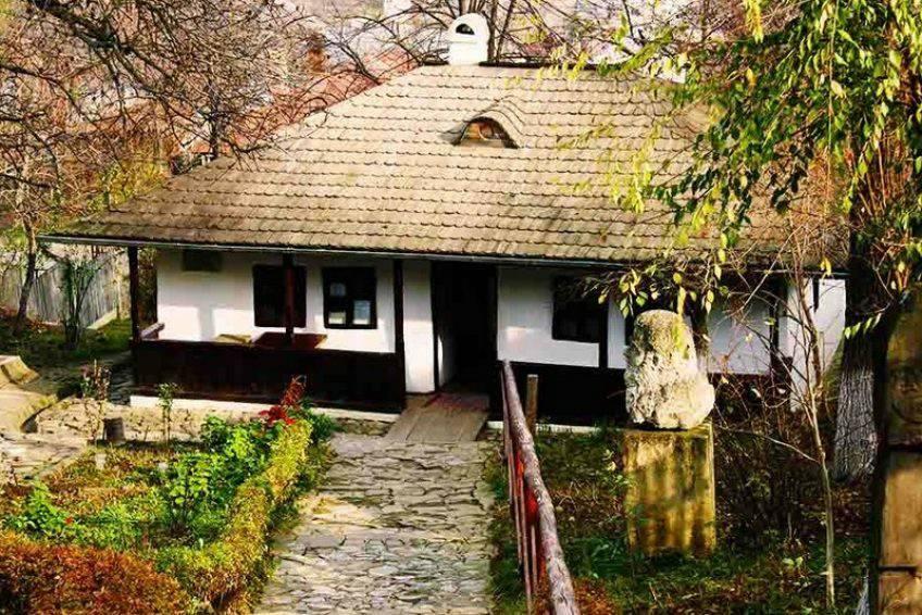 muzeu literar Iași bojdeuca lui Ion Creanga